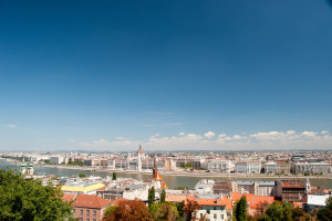 Ausblick von der Fischerbastei auf Donau, Parlament und Margarethenbrücke
