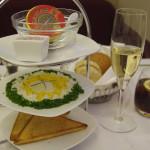 Caviar und Champagner